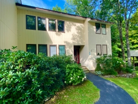 TURNKEY & CAREFREE - Located in Roxbury Run Village